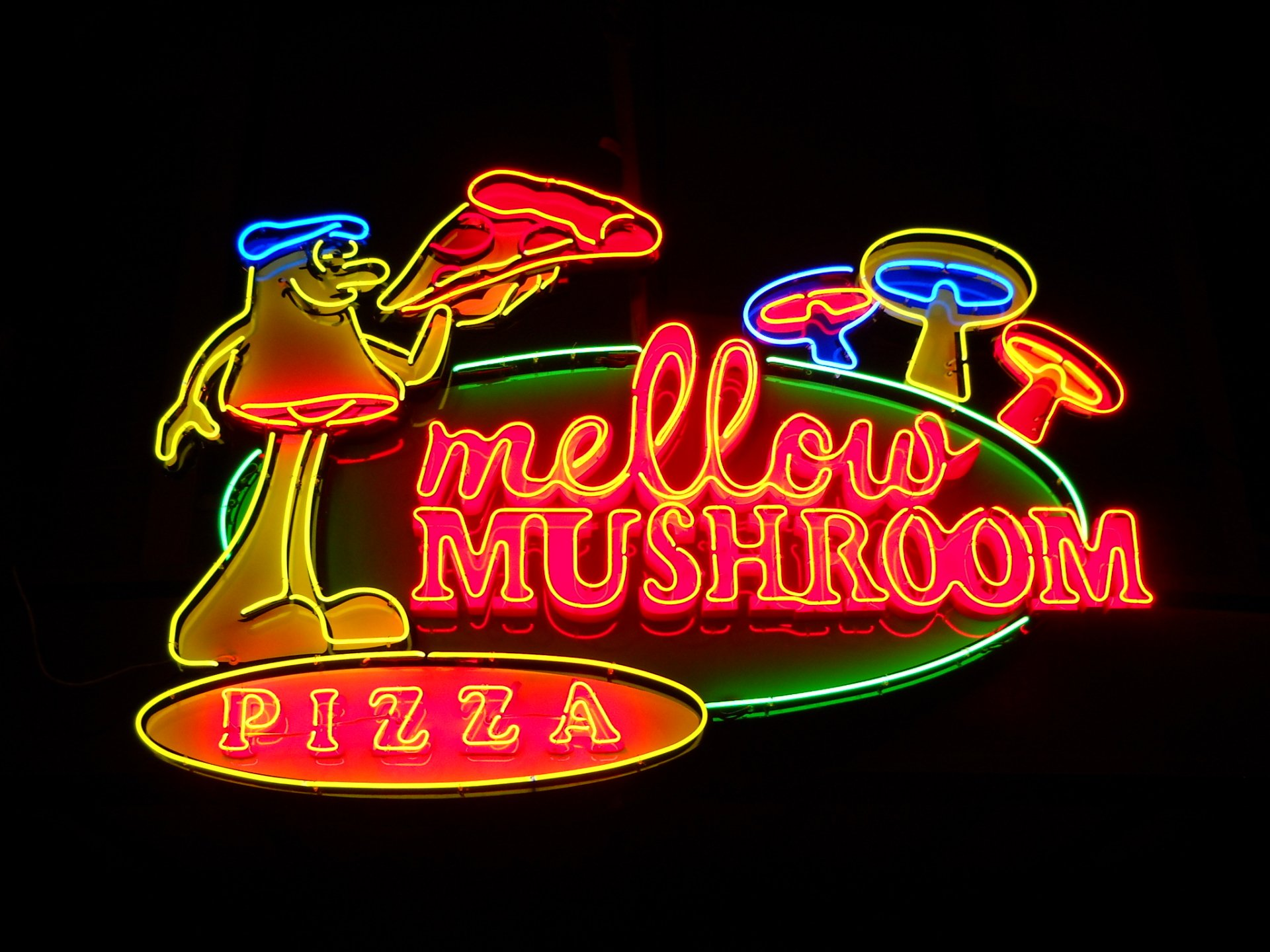 What makes the use Neon Signs Popular even Today