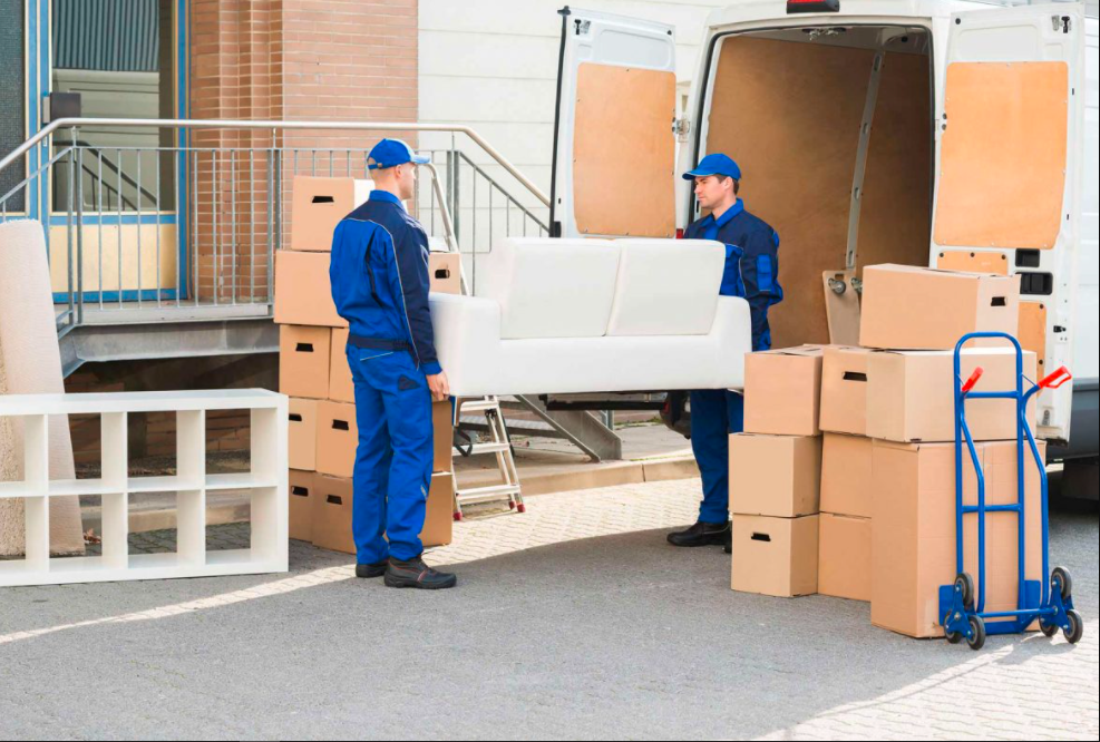 Are You Thinking Of Hiring The Long Distance Mover? – Have A Look Over Their Pros And Cons!